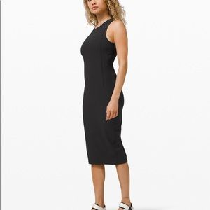Lululemon brunch and back dress
